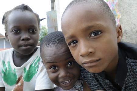 ポルトープランス-9 月 2 日: 正体不明ハイチ子供たち 2010 年 9 月 2 日にポルトープランス、ハイチでのキャンプ中に楽しんでいます。 報道画像