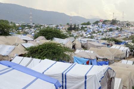 PORT-AU-PRINCE - AUGUST 28: A top angle view of a Tent City, on August 28, 2010 in Port-Au-Prince, Haiti. Stock Photo - 15240248