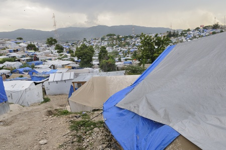 PORT-AU-PRINCE - AUGUST 28: An empty tent city on August 28, 2010 in Port-Au-Prince, Haiti  Stock Photo - 15240253