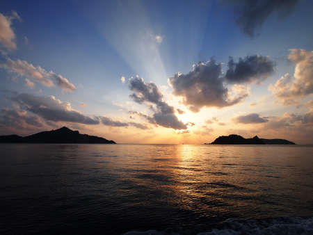 unexplored: Horizon and sunset (Chichi-jima, Japan)