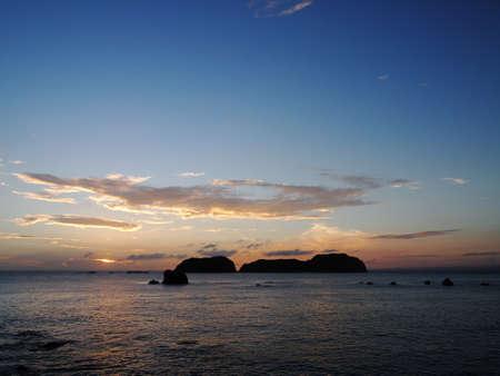 Sunset behind Jinai island (Tokyo, Japan)
