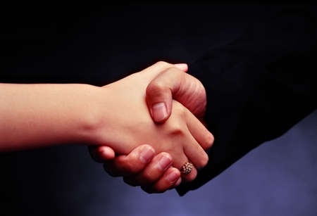 l hand: shaking hands