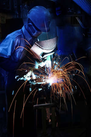 steel works: welding operator