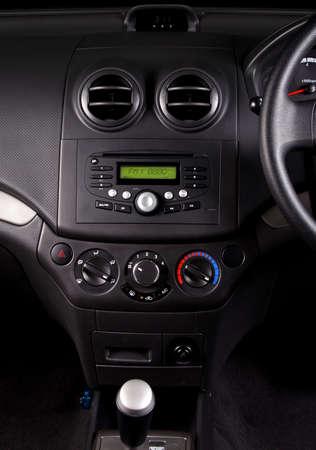 vent: knob control