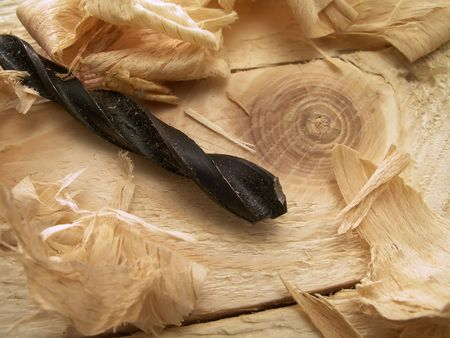 wood shavings: Drill and wood