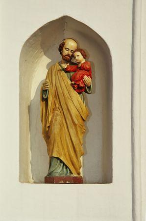 mit: Wayside chapel - Saint Josef mit Jesus Stock Photo