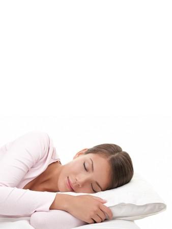one sheet: Donna dorme. Donna dorme isolato su sfondo bianco.