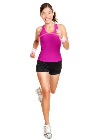 Runner vrouw geà ¯ soleerd. Running fit fitness sport model jogging lachende gelukkige geïsoleerd op een witte achtergrond. Mooi gemengd ras Chinees Aziatisch  wit blank meisje fitness training. Stockfoto