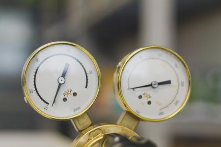 Pressure Gauge tool equipment, pressure gauge on a gas regulator in a laboratory analytical equipment. Archivio Fotografico