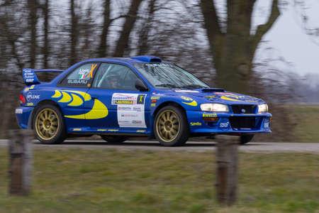 rally: rally car