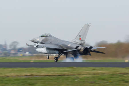 A Portuguese F-16 Fighting Falcon landing at the Frisian Flag