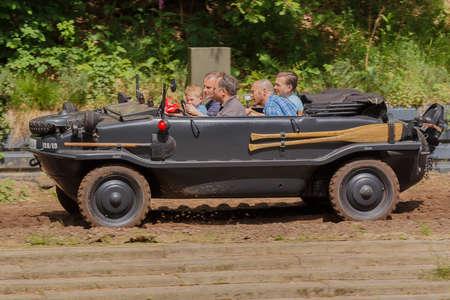 VW Typ 128 Schwimmwagen