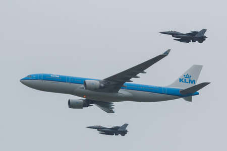 Airbus A330 or the KLM escorted by two F-16 of the Royal Dutch Airforce