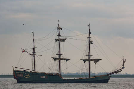 Kampen, The Netherlands - March 30, 2018: East Indiaman Soevereign is sailing to Kampen to attend Sail Kampen Redactioneel