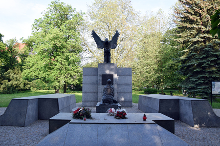 Wroclaw, Poland - May 2017: Monument to the Victims of the Katyn Massacre. Wroclaw, Poland. Редакционное