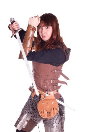 espadas medievales: Disparos en un estudio de la armadura, y la gente con armas. Foto de archivo