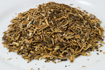 palustre: Palustre comarum  Grass roots and shredded