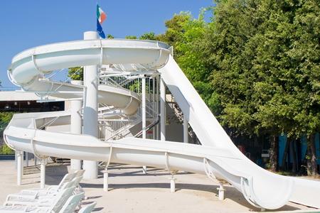 tobogan agua: Diapositiva de agua en un resort
