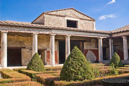 anforas: Un hosue en las excavaciones arqueológicas de Pompeya, Italia