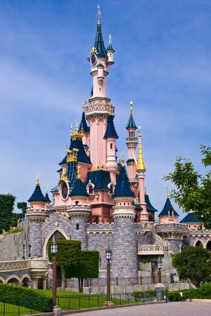 minnie mouse: Castle princesses at Disneyland Park near Paris Editorial