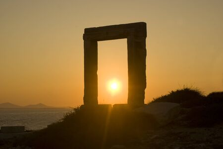 Gate of Apollo's Temple in Naxos Island, Greece 免版税图像
