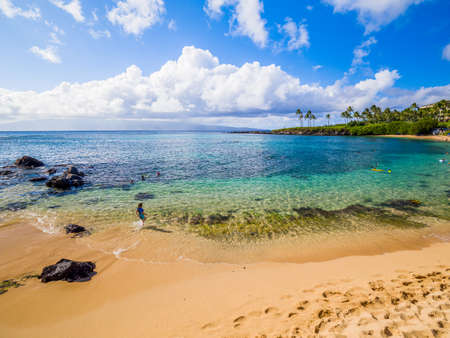 Kapalua beach bay, Maui, Hawaiian Islands: Quiet, elegant, picturesque, Kapalua boasts beautiful seabed and ideal atmosphere for family vacation. 免版税图像