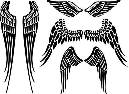 Engelenvleugels op wit wordt geïsoleerd