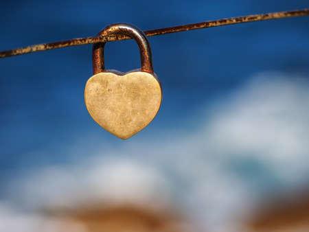 finding love: Love&Lock