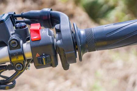 オートバイ装置スイッチ、緊急スイッチとスタート スイッチ