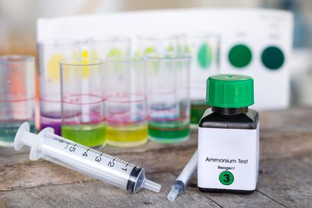 amoniaco: kit de prueba de amoníaco con una jeringa
