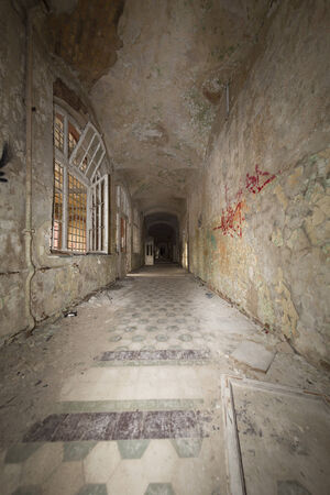 ruinous: fish eye shoot of an old ruinous corridor.
