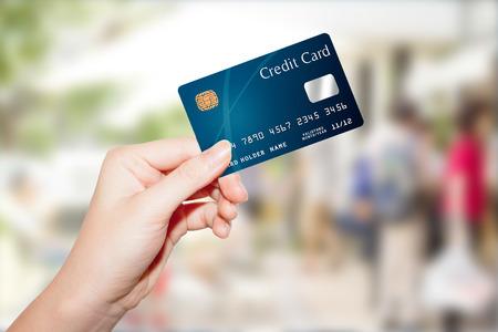 Carte de crédit de tenir la main des femmes Banque d'images - 35009881