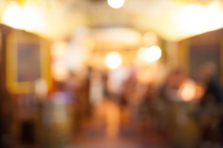 Café und ein Restaurant verschwommen Hintergrund Standard-Bild - 36571104
