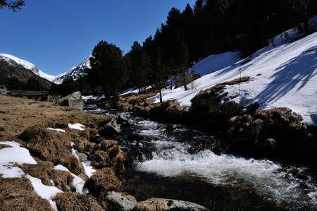 naturaleza: rio en La Vall d Incles Stock Photo