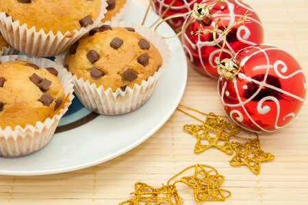 noel chocolat: Muffins au chocolat de No�l aux p�pites de chocolat