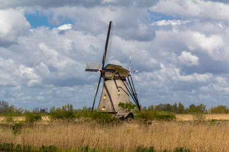 airstream: Kinderdijk windmills closed to Roterdam Netherlands