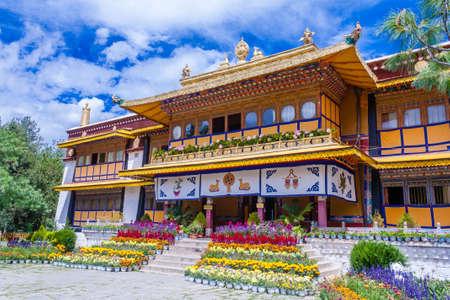 Norbulingka Dalai Lama summer palace, Lhasa, Tibet, Lhasa Редакционное