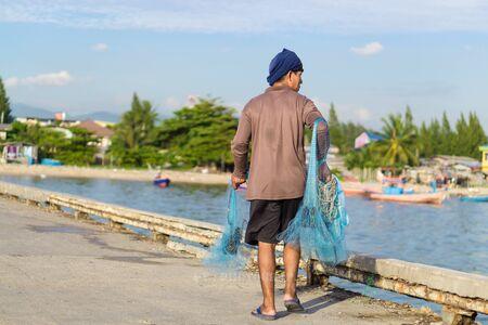 fisher animal: Fisher man.