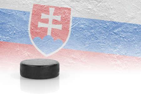 ホッケーのパックとスロバキアの旗のイメージ。コンセプト 写真素材