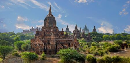 Multiple Bagan Temples, Pagodas, and Stupas In Panorama of Bagan Field of Temples. Stock Photo