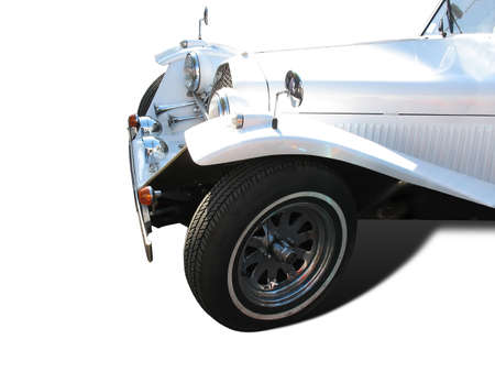 retro vintage witte droom bruiloft auto met schaduw op witte achtergrond