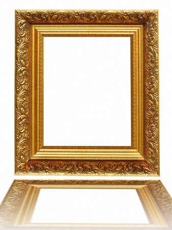Vintage antieke gouden foto frame geïsoleerd op een witte achtergrond Stockfoto