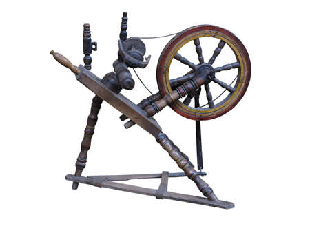 trabajo manual: Viejo manual de madera rueca rueca aisladas sobre fondo blanco Foto de archivo