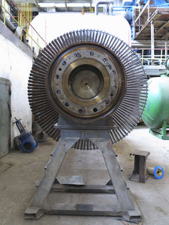 turbina de vapor: Turbina de vapor generador de energía durante el proceso de reparación de la central