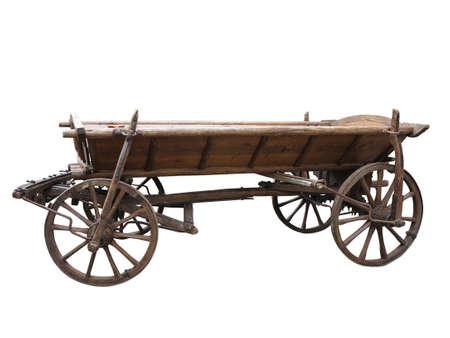 carreta madera: Vintage viejo carro de madera en bruto aislados en blanco