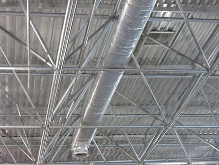 office ceiling: Abstract contemporary metallic structures and roofing technology