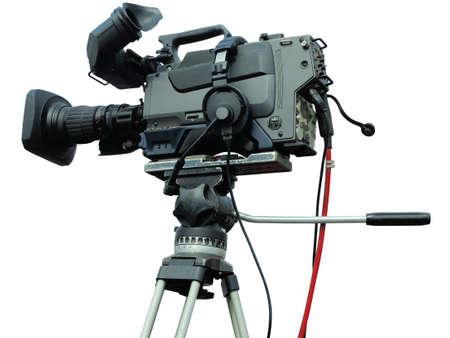Caméra vidéo numérique studio professionnel TV sur trépied isolé sur fond blanc Banque d'images