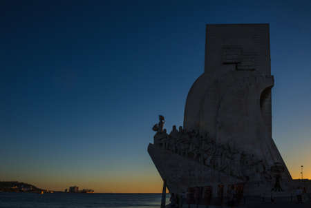 Monument to the Discoveries (Padrao dos Descobrimentos) at sunset, in Lisbon, Portugal 新闻类图片