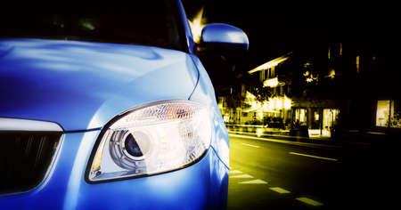 light speed: Gran Car - frontal lateral, mitad. En la carretera.