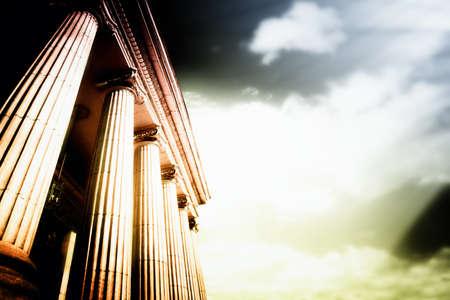 tempels: Beeld van de grote Griekse hardsteen kolommen. Stockfoto
